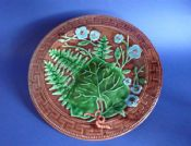 Fine Victorian Majolica Fern and Flower Plate c1880